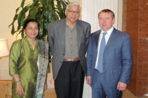 "Vladimir Kosterin and Radzhmohan Gandhi agreed on cooperation between the organization ""Initiative of Change"" and ""Risk Reduction Foundation"""