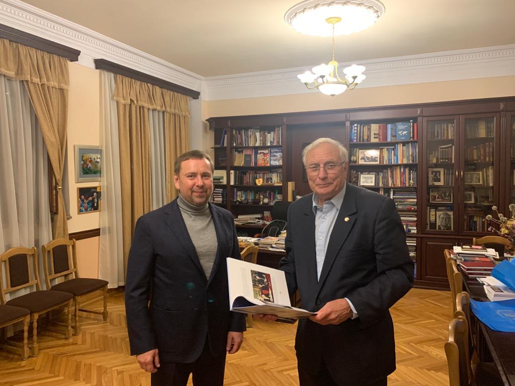 Vladimir Kosterin met with academician Sergey Komisarenko