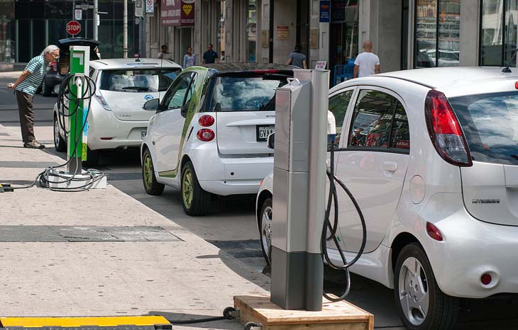 Количество электрокаров в мире к 2030г. вырастет в 50 раз