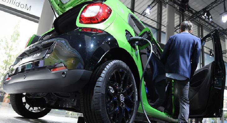 Евросоюз ужесточил нормы выбросов для новых автомобилей