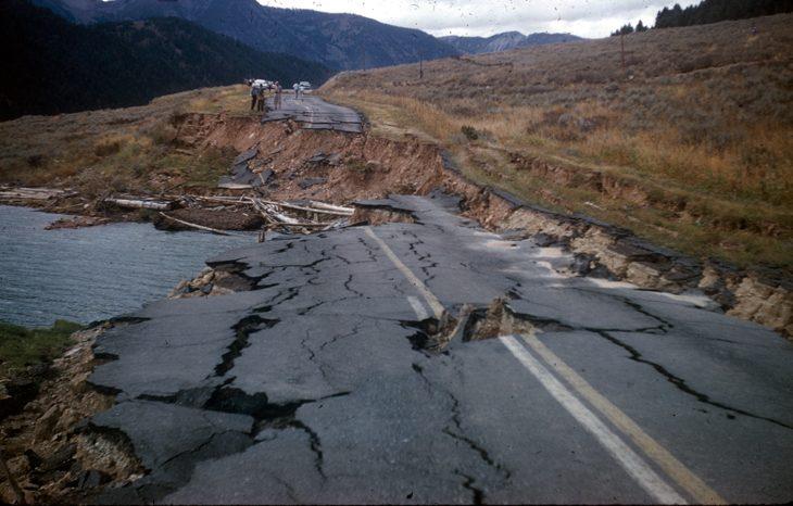 Названы наиболее подвержены регионы стихийным бедствиям