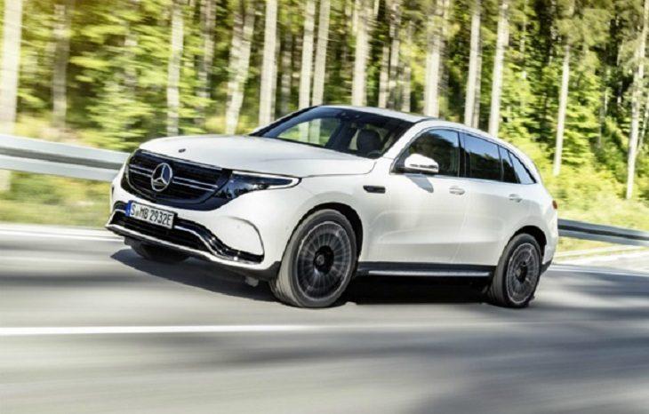 Показан первый в истории электрический кроссовер от Mercedes-Benz