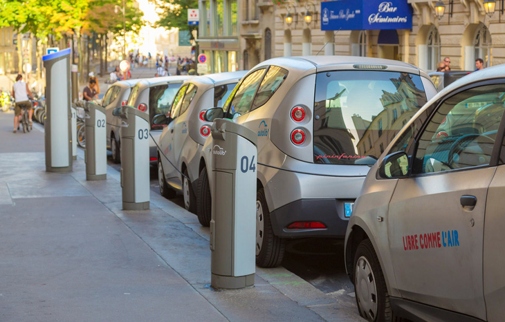 Plans for an electric car charging point in every new home in Europe