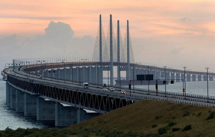 Мост между Швецией и Данией переведут на солнечную энергию