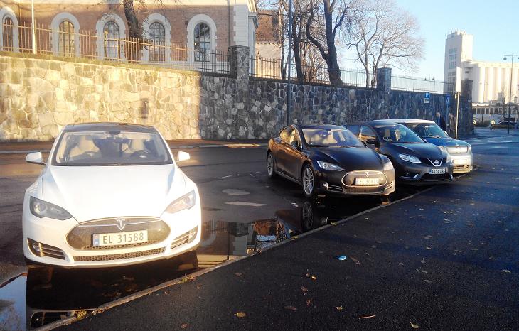 В Норвегии продажи электрокаров впервые обогнали авто ДВС